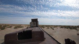 p9243272-moynaq-nukus-aral-sea-mar-central-asia-uzbekistan-ecology-disaster-desastre-ecologico-sostenibilidad-sustainability-800x450